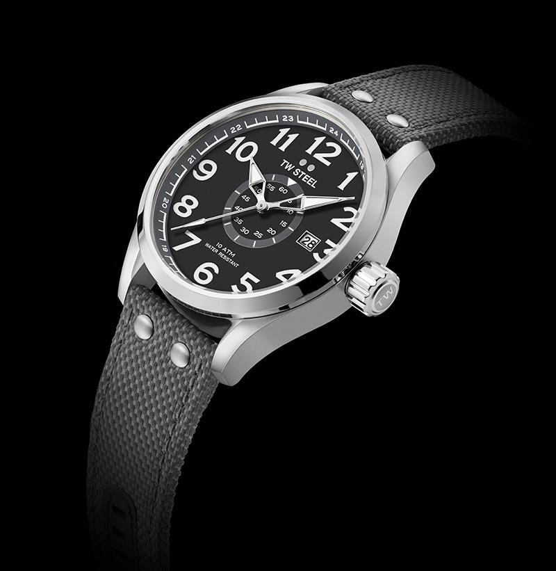 0fe87b7d87a5 Estos relojes están disponibles en 45 mm y 48 mm y presentan una correa de  tela premium en cuatro colores. Hay acabados diferentes entre los que  escoger.